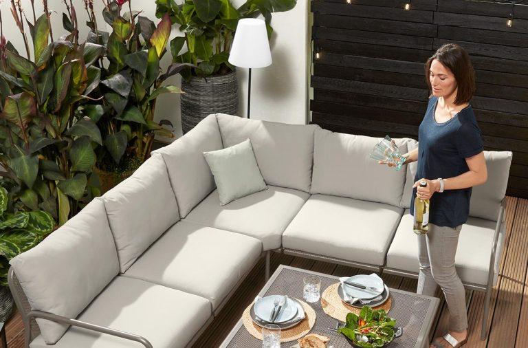 Misafirlerinizle Bahçe Keyfini Çıkarın: Bahçe Mobilyaları